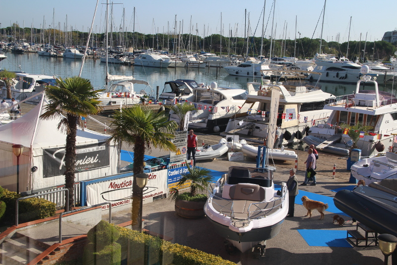 Nautilia: 2nd-Hand Bootsmesse bei Lignano